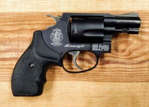 Rewolwer Smith&Wesson 37-2 kal. 38Spec